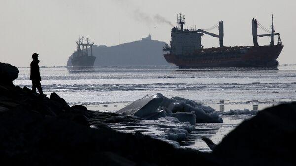 Судоходство в заливе Петра Великого