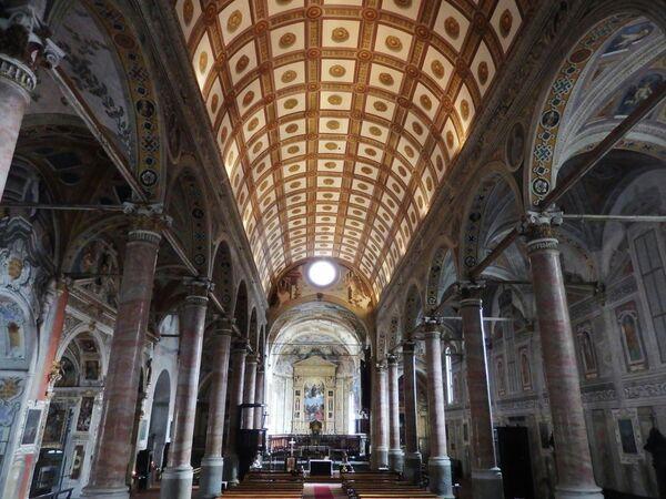 Ловере, Базилика Св. Марии в Вальвендре