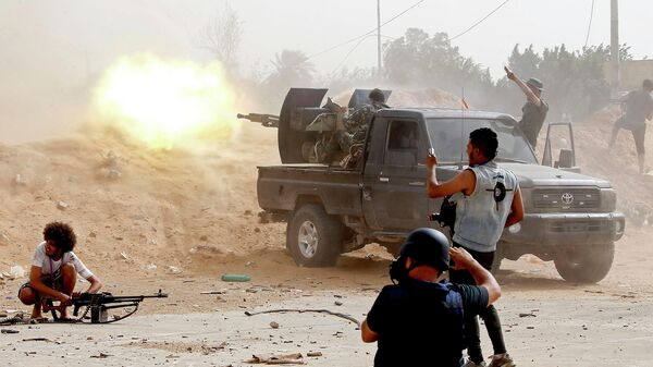 Бойцы сил Правительства национального согласия Ливии во время столкновений с армией Халифы Хафтара