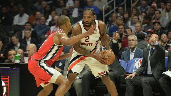 Игровой момент матча НБА Клипперс - Портленд