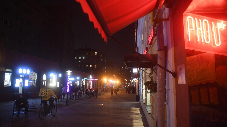 Клубы работающие в понедельник ночные москва японские эротические программы и шоу
