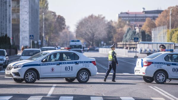 Автомобили милиции в Бишкеке