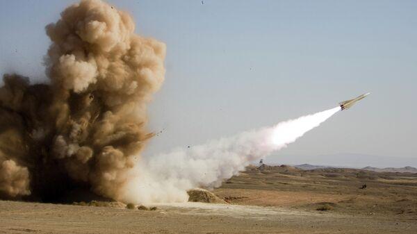 Запуск ракеты во время военных учений в Иране
