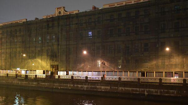 Дом на набережной реки Мойка в Санкт-Петербурге, где проживал историк, специалист по военной истории Франции, кандидат исторических наук Олег Соколов, подозреваемый в убийстве девушки