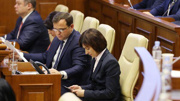 Премьер-министр Молдавии Майя Санду на заседании парламента Молдавии в Кишиневе