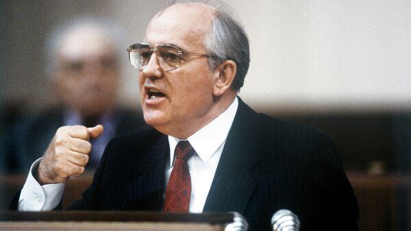 Генеральный секретарь ЦК КПСС, Председатель Президиума Верховного Совета СССР Михаил Горбачев
