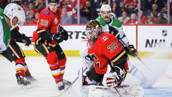 Даллас Старз - Калгари Флэймз в матче регулярного чемпионата НХЛ