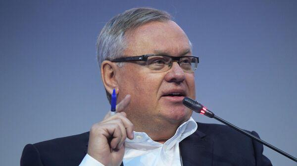 Президент-председатель правления Банка ВТБ Андрей Костин  на форуме New Retail Forum. Почта России