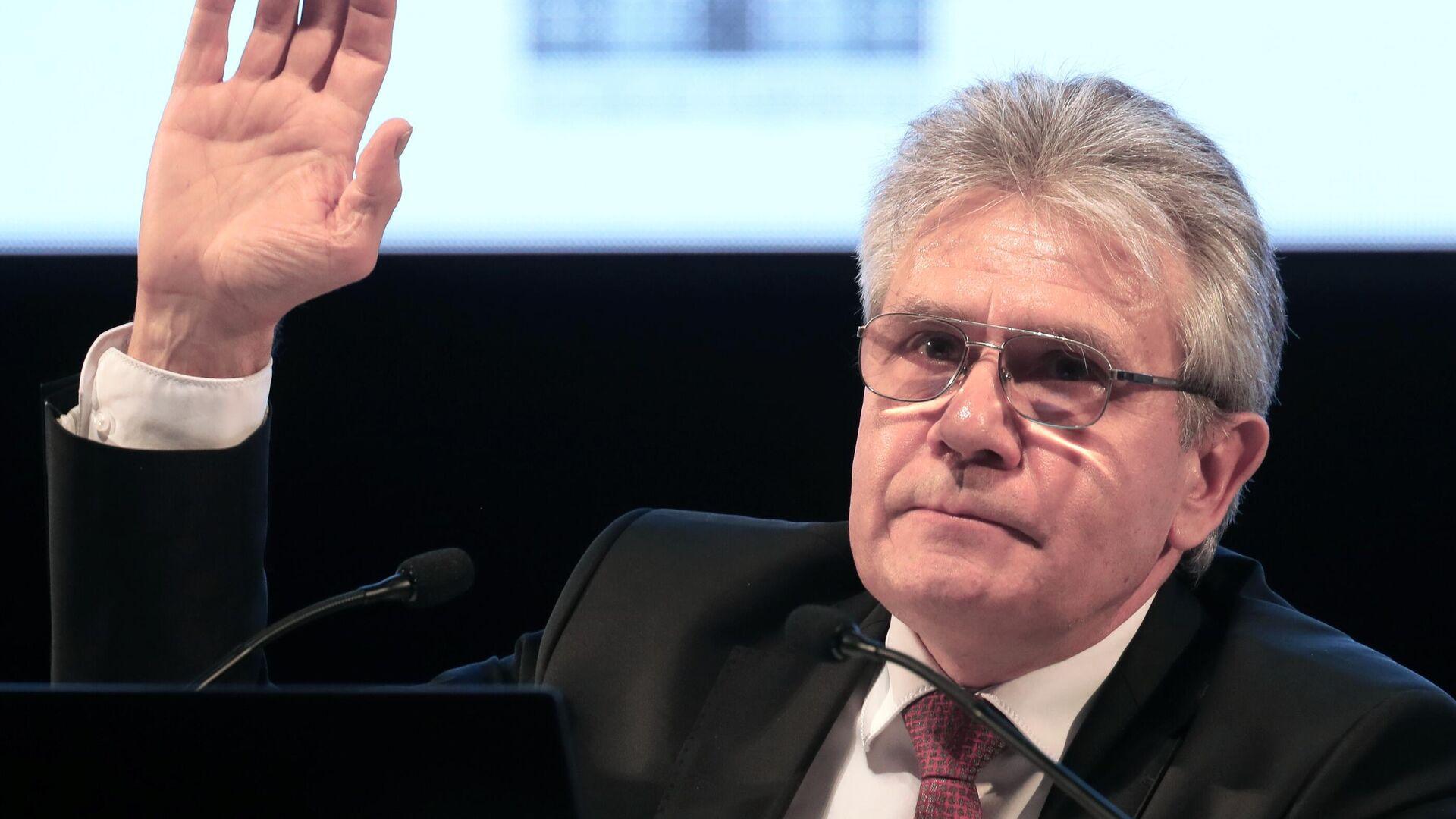 Глава РАН назвал сотрудничество с США в космосе залогом мира
