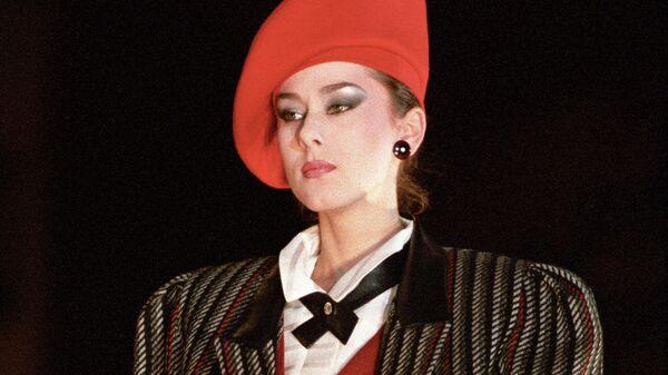 Показ моделей одежды на Всесоюзном фестивале Мода-87