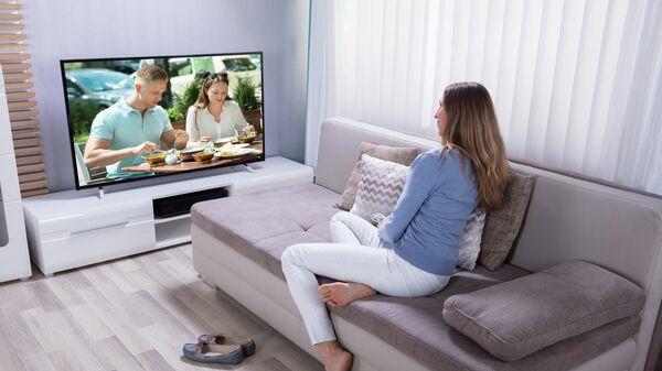 """Эксперт рассказал, как """"умные"""" телевизоры шпионят за нами"""