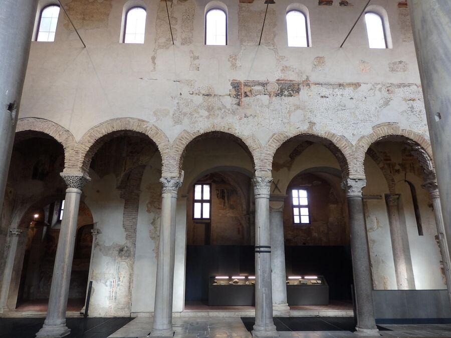 Музей Санта Джулия, церковь Сан Сальваторе