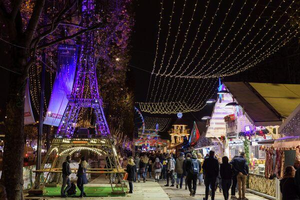 Рождественская ярмарка в Париже