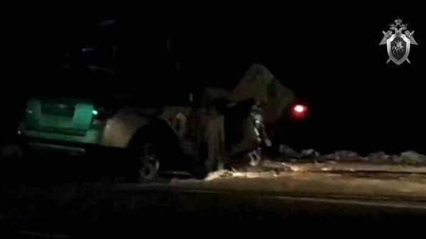 кадры с места ДТП, в котором погибла жена мэра Тулуна