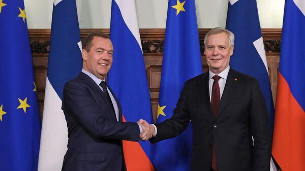 Председатель правительства РФ Дмитрий Медведев и премьер-министр Финляндии Антти Ринне