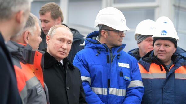 Владимир Путин на открытии скоростной платной трассы М-11 Москва - Санкт-Петербург