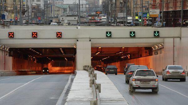 Движение по Алабяно-Балтийскому тоннелю