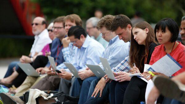 Владельцы малого бизнеса на конференции в Менло-Парке, Калифорния