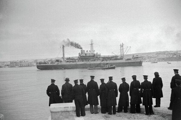 Американский штабной корабль, прибывший в Севастополь в дни Ялтинской конференции.