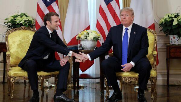 Президент США Дональд Трамп и президент Франции Эммануэль Макрон на саммите НАТО в Лондоне