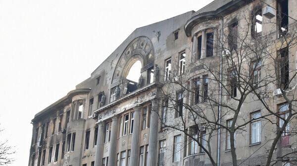 Здание Одесского колледжа экономики, права и гостинично-ресторанного бизнеса после пожара