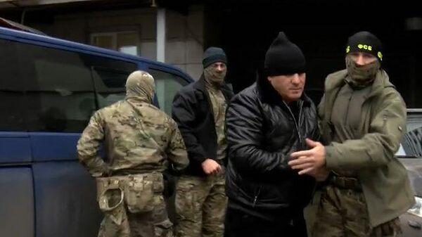 Кадры задержания членов ОПГ по делу об убийстве главы Центра Э Ингушетии
