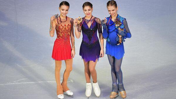 Призеры женского одиночного катания финала Гран-При по фигурному катанию