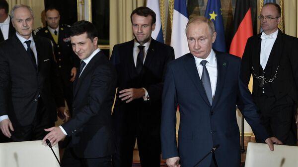 В Кремле прокомментировали знакомство Путина и Зеленского
