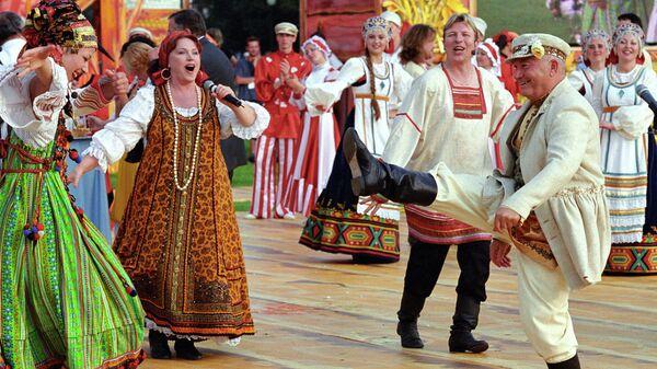 Мэр Москвы Юрий Лужков на церемонии открытия шестого Большого московского фестиваля пива