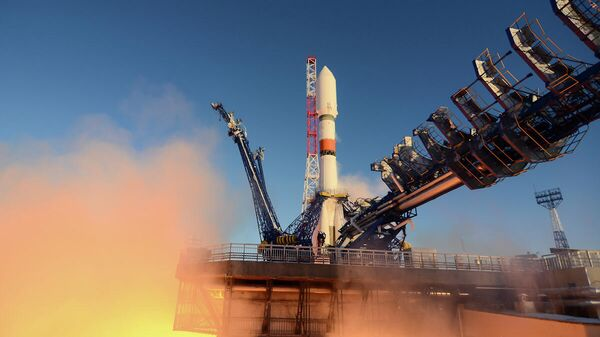 Пуск ракеты-носителя среднего класса Союз-2.1б с космическим аппаратом системы ГЛОНАСС с космодрома Плесецк