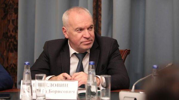 Начальник контрольно-финансового управления Федеральной антимонопольной службы РФ Владимир Мишеловин