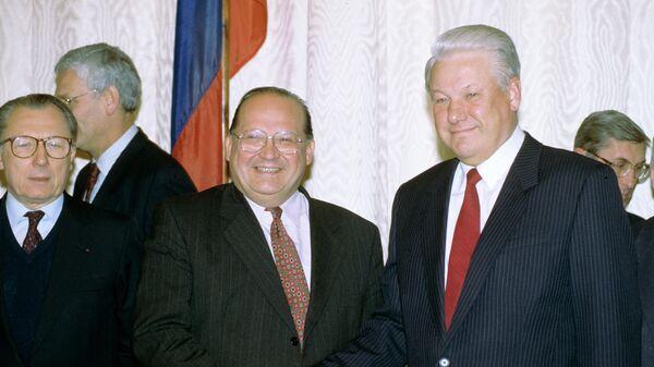 Борис Ельцин на встрече с делегацией Европейского сообщества