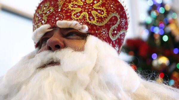 Дед Мороз из Великого Устюга на празднике Нашествие Дедов Морозов в Рыбинске