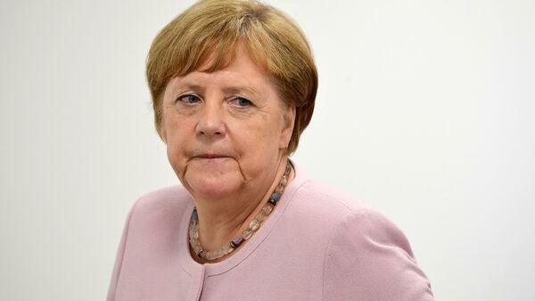 Канцлер-ин или канцлер-аут. Ангелу Меркель выдала поговорка по Фрейду