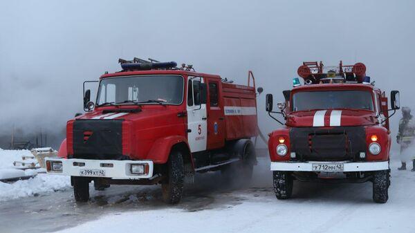 Пожарные машины МЧС Кемеровской области