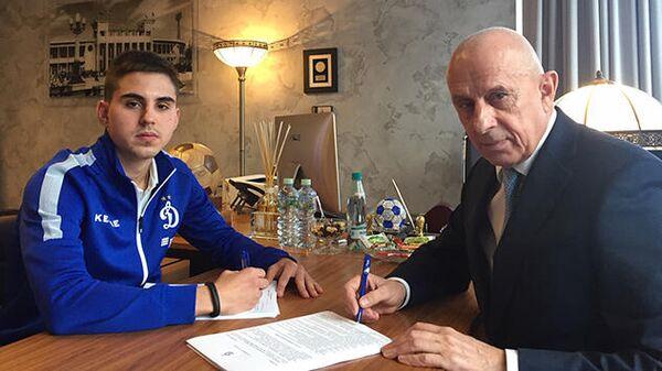 Футболист Робинзон Звонков