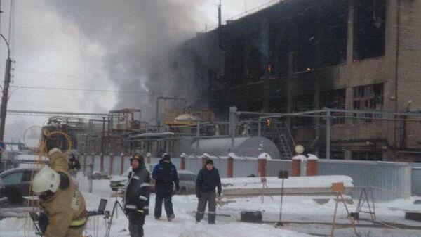 Ликвидация пожара на предприятии Опытный завод Нефтехим в Уфе