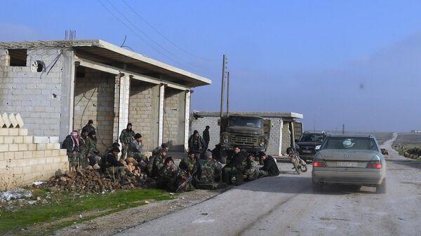 Бойцы сирийских правительственных войск в провинции Идлиб