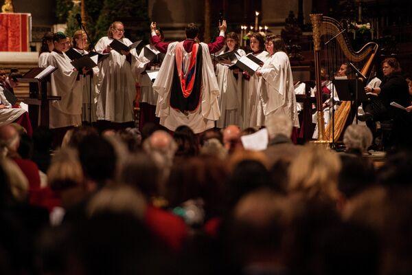 Рождественская месса в соборе Святого Иоанна Богослова в Нью-Йорке