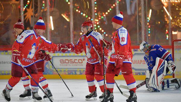Песков рассказал, как играют хоккеисты в матчах с Путиным