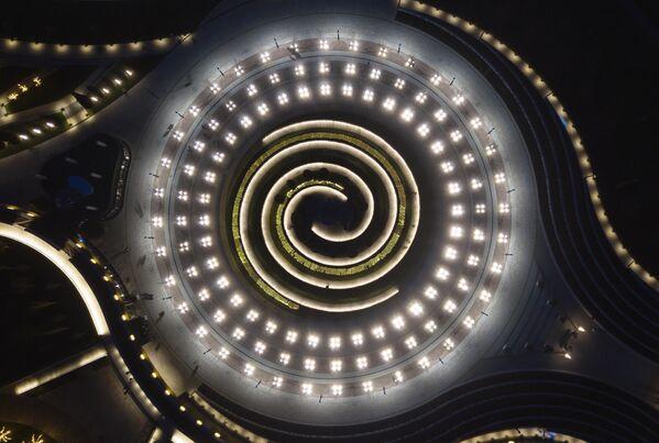Световая иллюминация над стадионом Краснодар и парком Галицкого в Краснодаре
