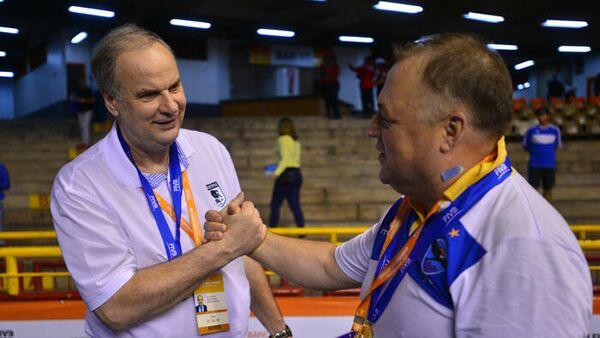 Главный тренер волейбольного клуба Белогорье Борис Колчин