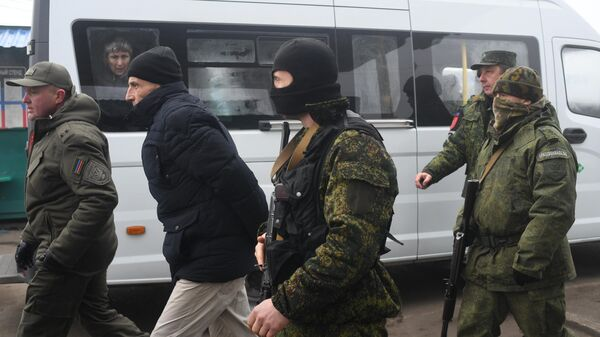 Представители ДНР и граждане Украины, удерживаемые на территории ДНР и ЛНР