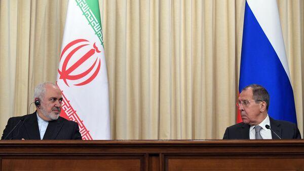 Министр иностранных дел РФ Сергей Лавров и министр иностранных дел Исламской Республики Иран Мухаммад Джавад Зариф на пресс-конференции по итогам встречи