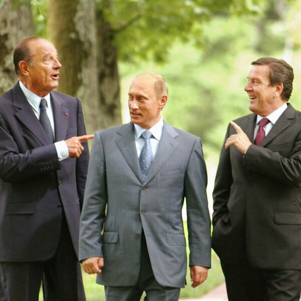 31 августа 2004 года в Сочи прошла встреча тройки Россия-Германия-Франция