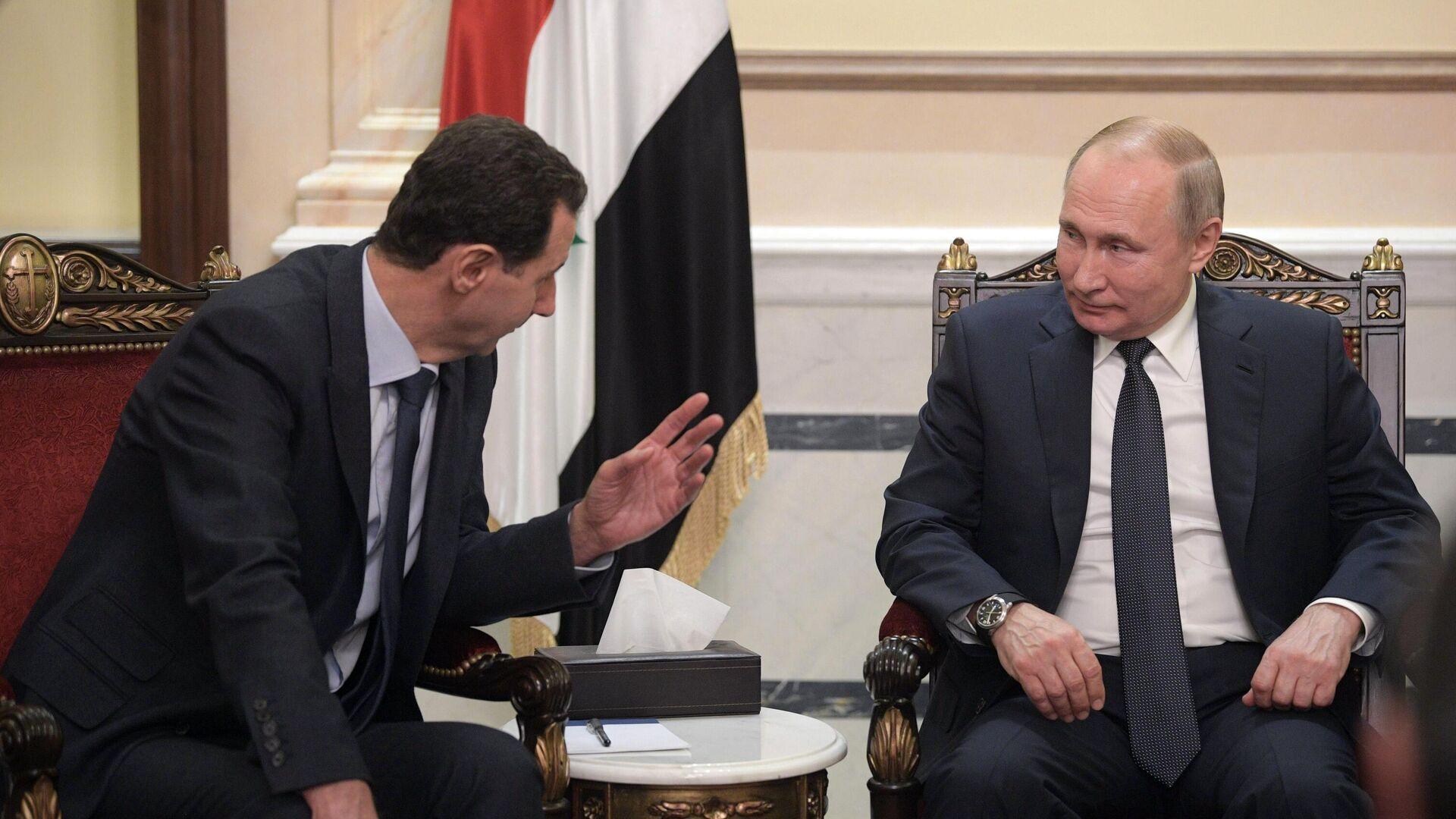 Президент РФ Владимир Путин и президент Сирии Башар Асад во время встречи в Дамаске - РИА Новости, 1920, 07.01.2021
