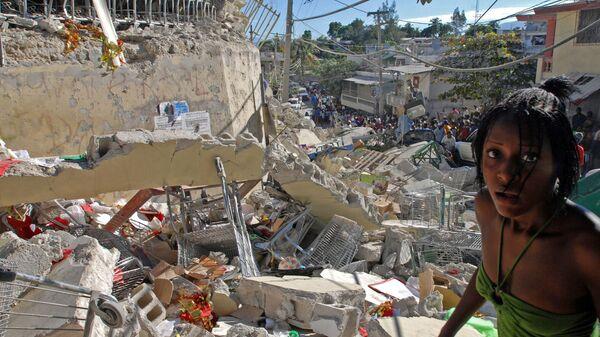 Разрушенные здания в Порт-о-Пренсе, Гаити. Последствия землетрясения 12 января 2010