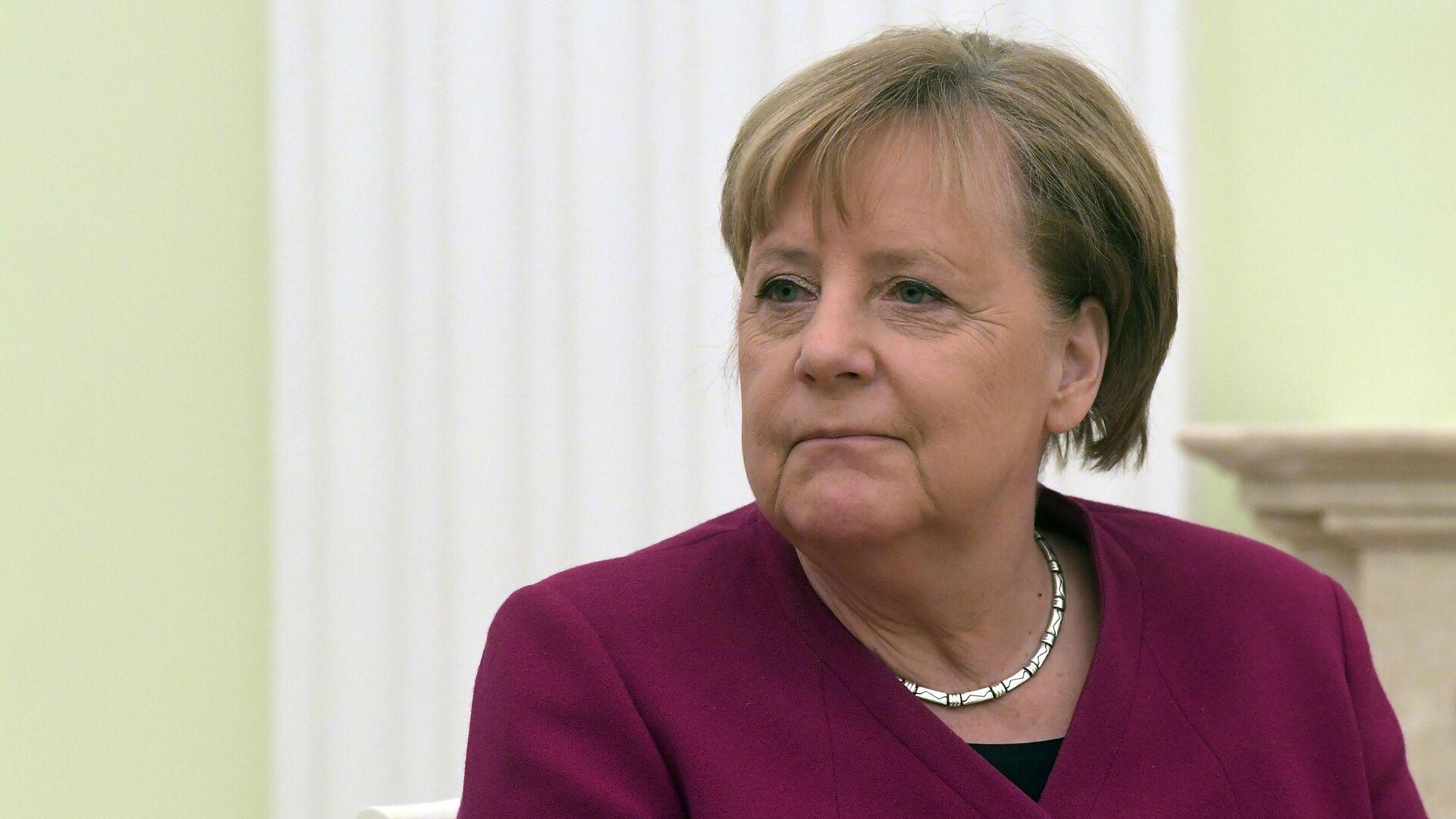 Федеральный канцлер Германии Ангела Меркель во время встречи с президентом РФ Владимиром Путиным - РИА Новости, 1920, 26.01.2021