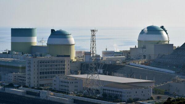 Вид на реактор № 3 атомной электростанции в Икате, Сикоку, префектура Эхимэ, Япония