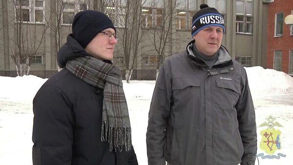 Отец и сын Владимир и Артем Клепиковы спасли женщину, которую на улице в Кирове избивал грабитель
